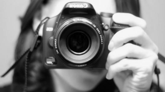 scatti-con-macchina-fotografica-795x447