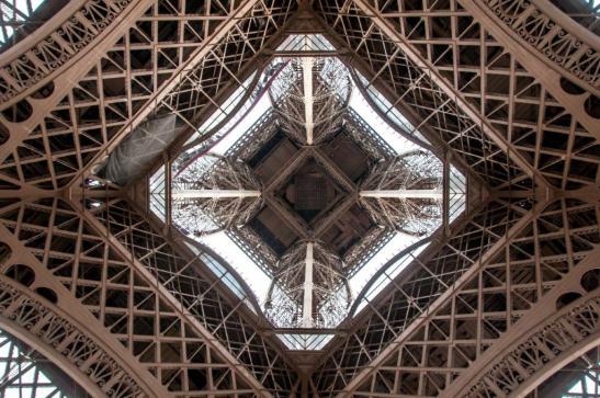 Santamaria EiffelGSF_2034.jpg